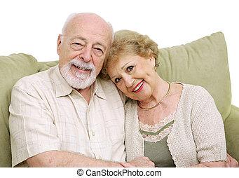Senior-Pärchen zu Hause