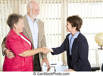 Senioren treffen Finanzberater