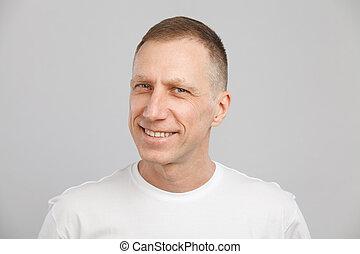t-shirt, mann, weißes, headshot, alt