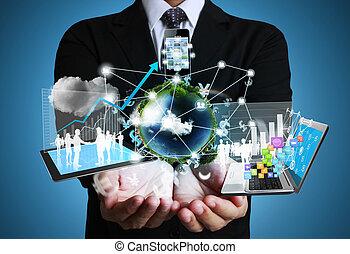 Technologie in den Händen.