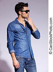 tragen, mann, modell, junger, hübsch, mã¤nnerhemd, jeans