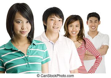 Vier junge Erwachsene