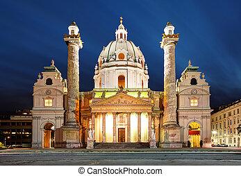 Wien in der Nacht - St. Charles' Kirche - Austria