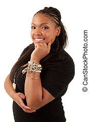 Wunderschöne, aufmerksame afroamerikanische Frau