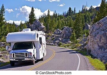 Yellowstone-RV-Trip